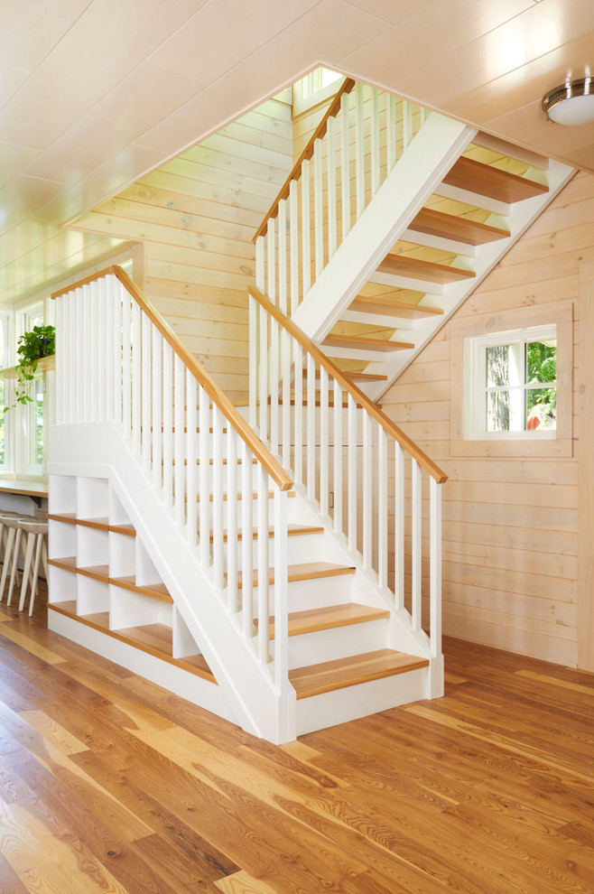 Example of a classic open staircase design in Minneapolis