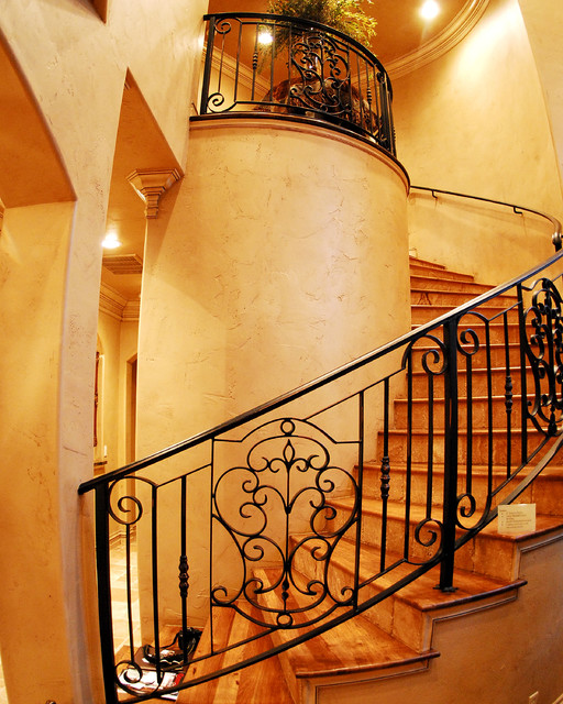 Crestwood parade home traditional staircase