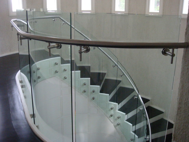 Curve Glass Railing