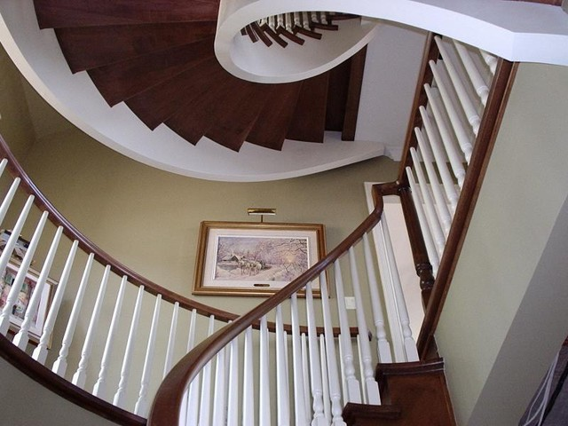 Curved Stair With Wood Pickets staircase