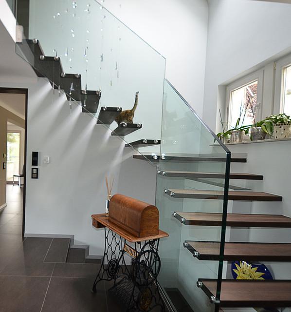 Custom Floating Stair Quater Turn Modern Staircase