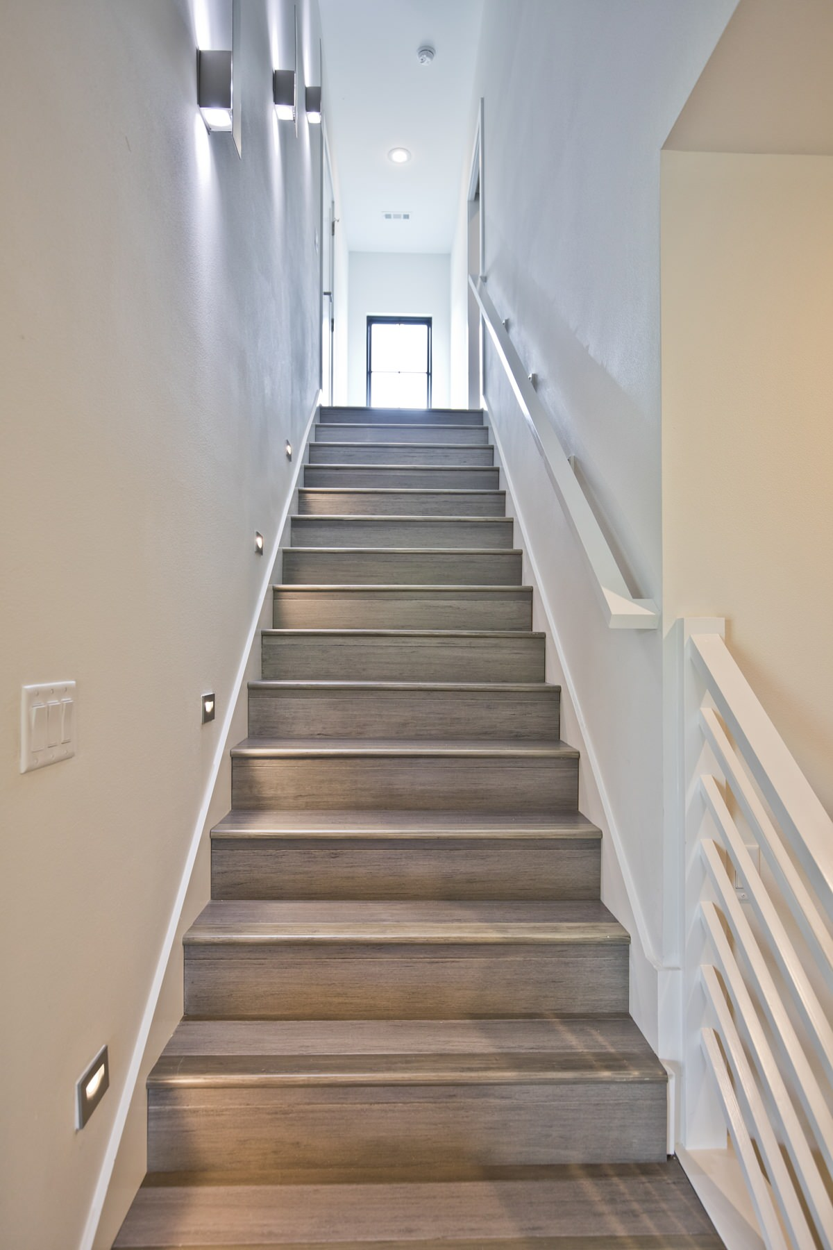 75 Beautiful Staircase Pictures Ideas February 2021 Houzz