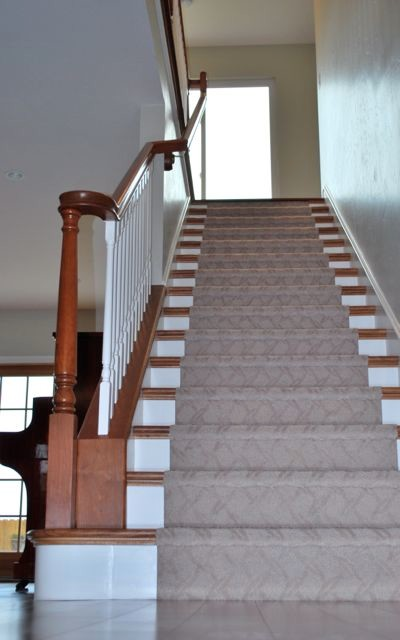 Custom Stair Details   False Tread Ends Traditional Staircase