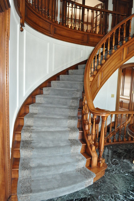 Custom Stair Runners traditional-staircase