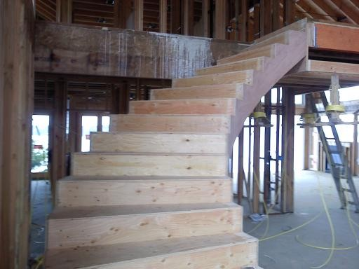 Customer Free Standing Stairs Traditional Staircase