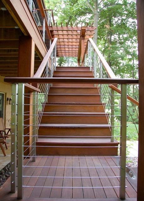 Decks contemporary-staircase