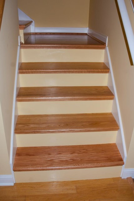 Diy Red Oak Staircase Remodel Traditional Staircase