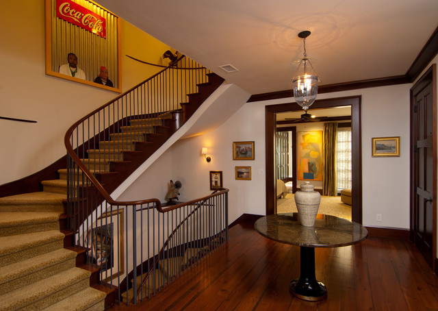 Downtown traditional-staircase
