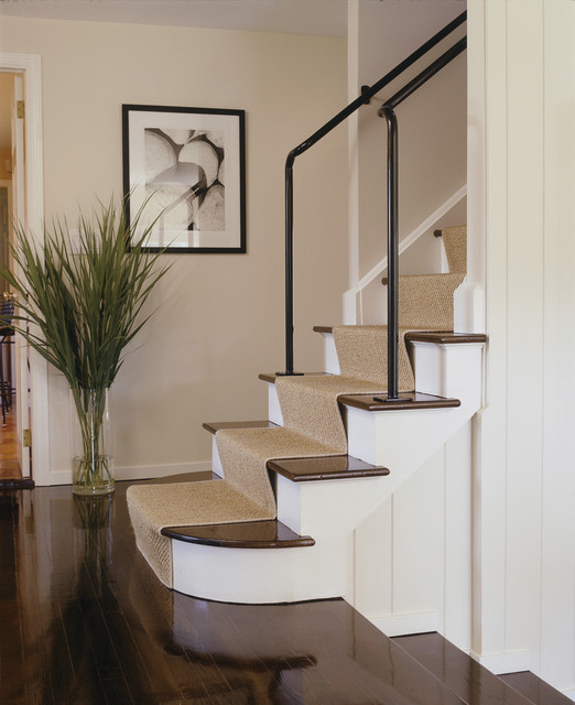 East Hampton contemporary staircase