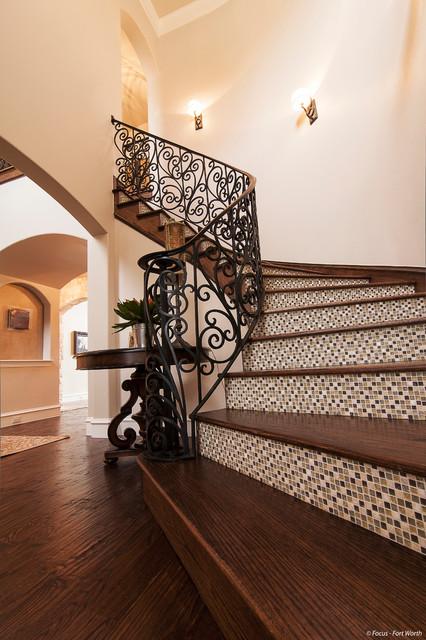 Eclectic Mediterranean mediterranean-staircase