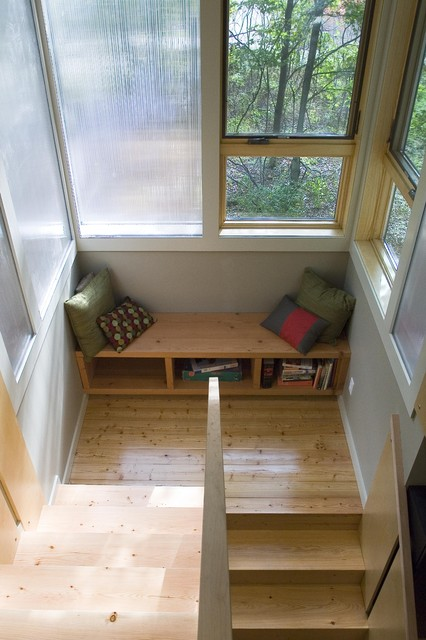 Eco Friendly Vacation Home Window Seat Modern