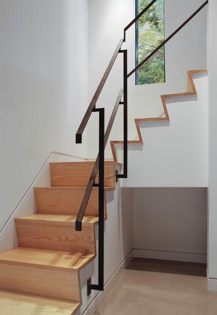 Elinor modern-staircase
