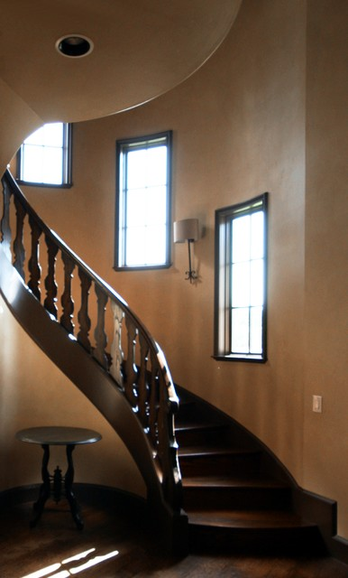 Staircase - large traditional staircase idea in Dallas