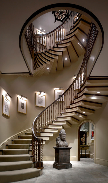 English Towne Home - Lincoln Park traditional-staircase