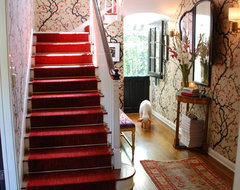 Entry traditional-staircase