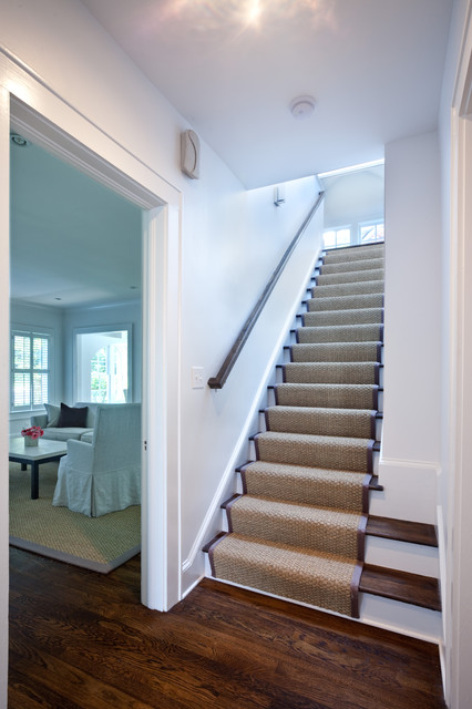 Staircase   Traditional Wooden Staircase Idea In Atlanta