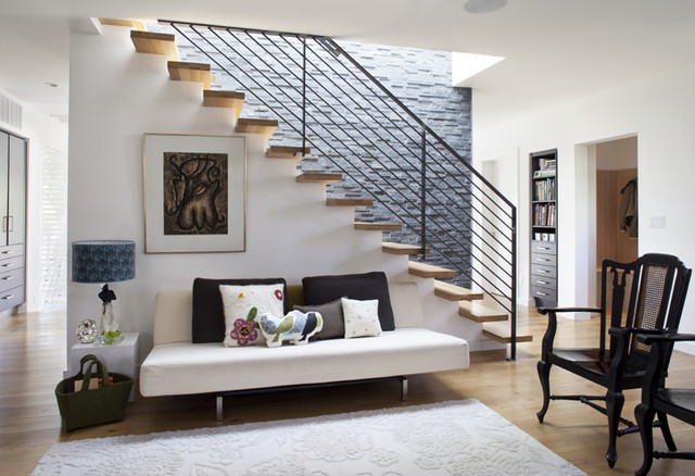 eclectic staircase by Feldman Architecture, Inc.