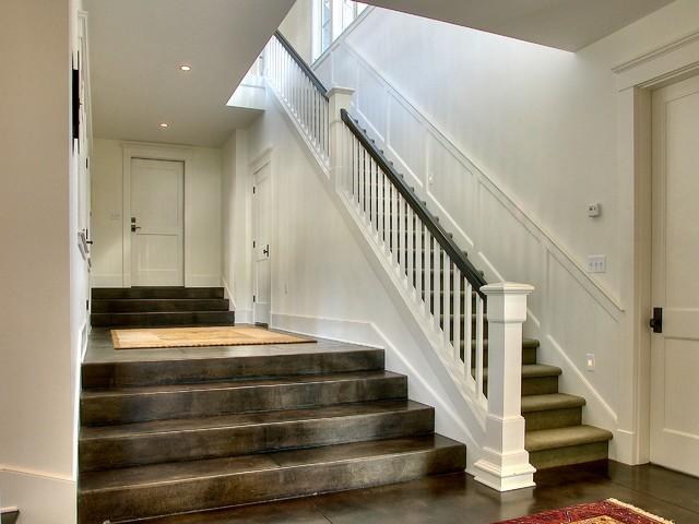 Ferguson traditional-staircase