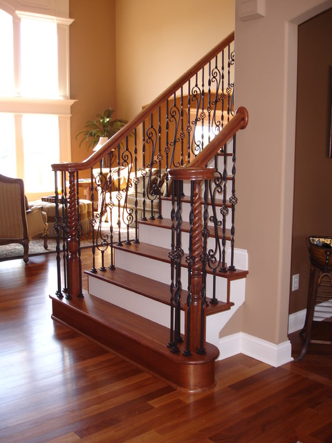 Foyers/Entry Ways traditional-staircase