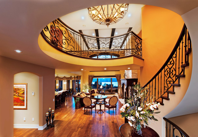 Frame traditional-staircase