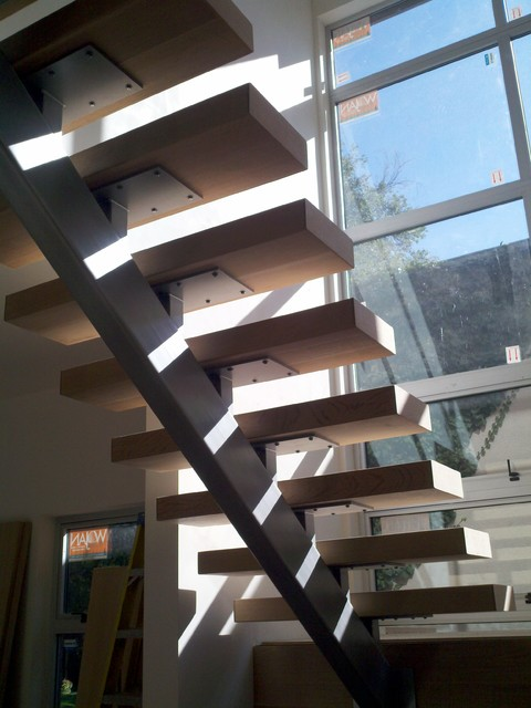 How To Build A Single Stringer Staircase - Photos Freezer and Stair