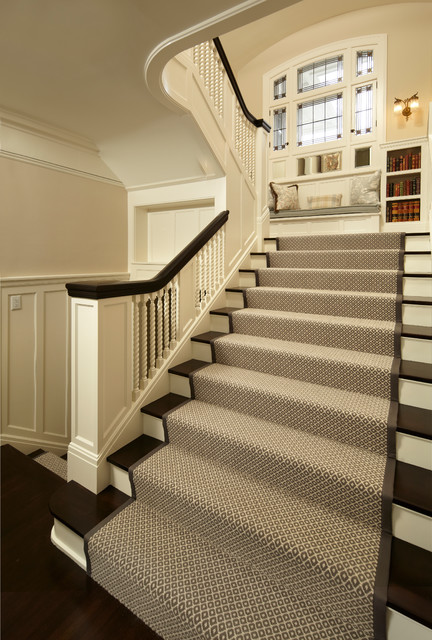 Fremont Georgian Residence Traditional Staircase
