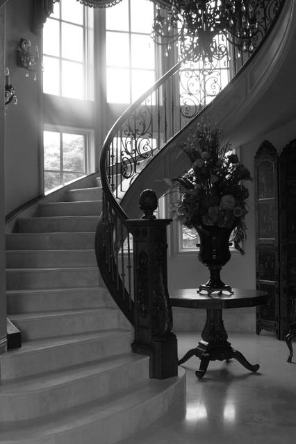 Diseño de escalera de caracol, tradicional, grande