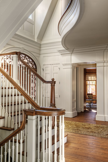 Gabriel Builders traditional staircase