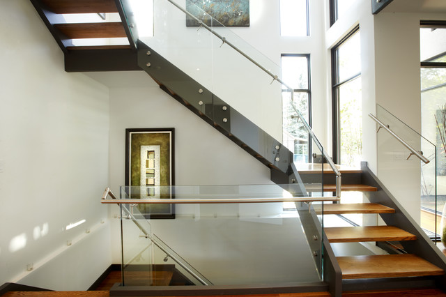 Goodwin Project- Phase 1 modern-staircase