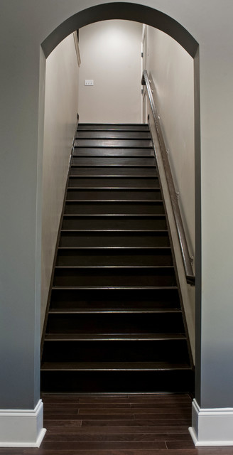 Staircase - contemporary staircase idea in New Orleans