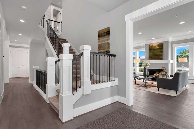 Greater seattle area the mozart entry transitional for Seattle area home builders