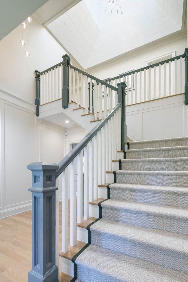 Staircase - transitional staircase idea in New York