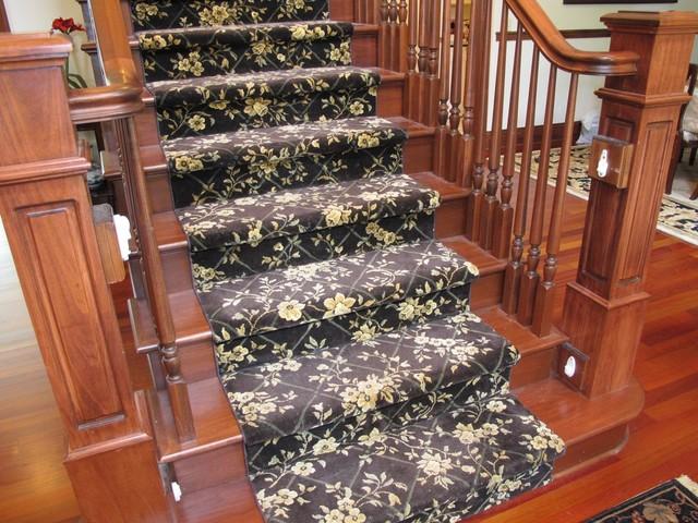 Guinn Construction LLC traditional-staircase