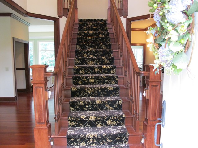 Guinn Construction LLC traditional-staircase