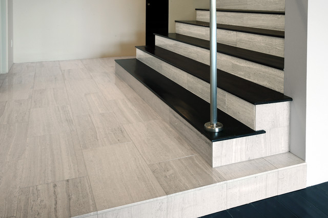 Haisa Light Polished Marble Stair Risers