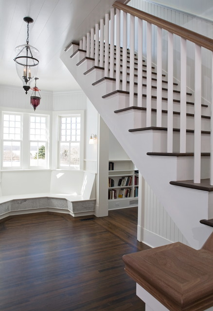 Hampton Classic traditional-staircase
