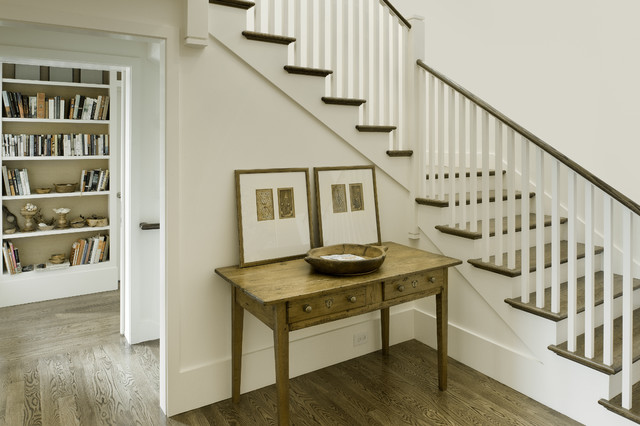 Head of School Residence traditional-staircase