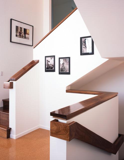 HESTON STUDIO modern-staircase