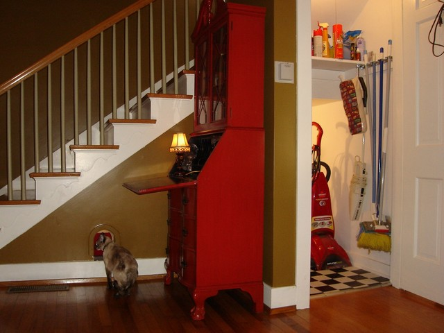 Hidden Cat Retreat traditional-staircase