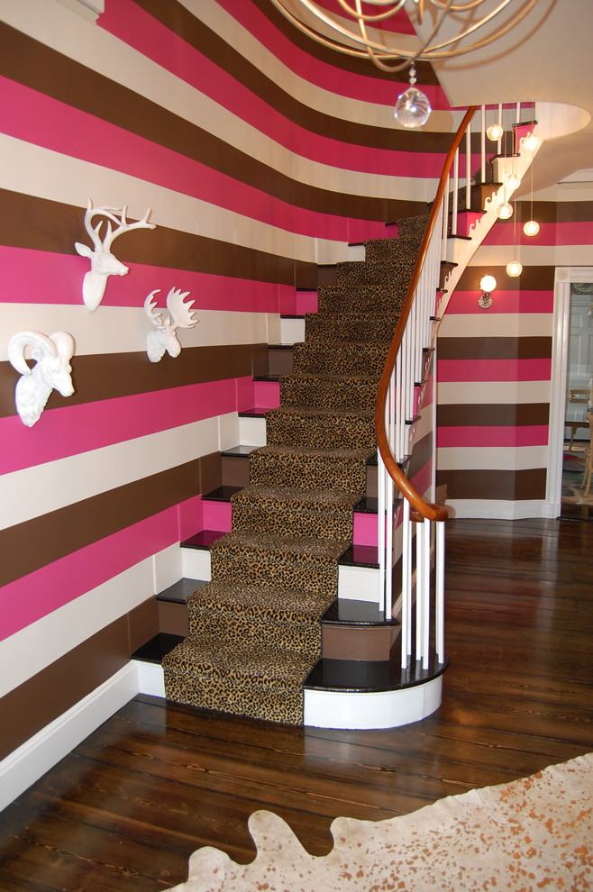 Staircase - contemporary curved staircase idea in San Francisco