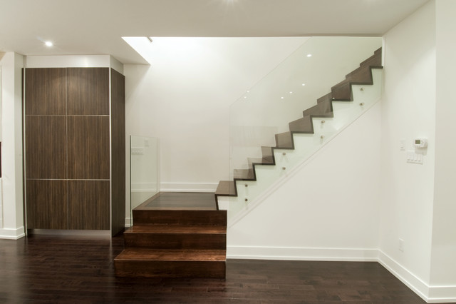 house_99 modern-staircase