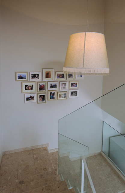 HOUSE1 eclectic-staircase