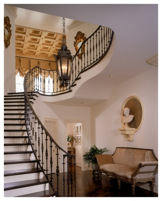 Italian Style Estate Traditional Staircase Los