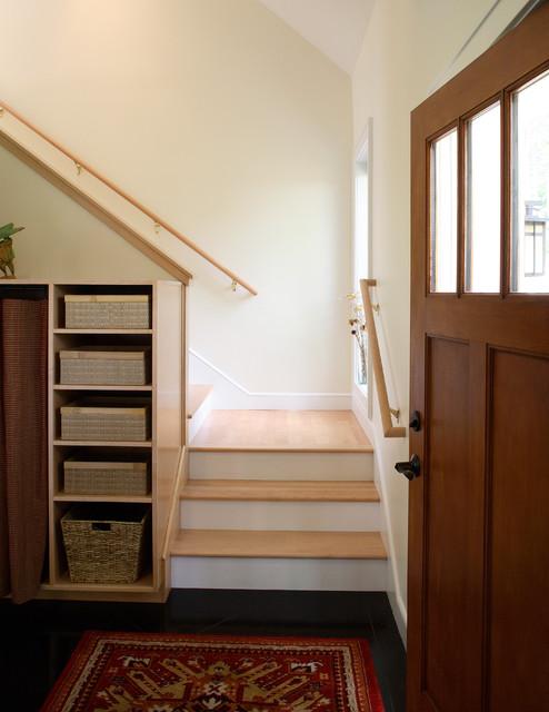 Jordan Drive traditional-staircase