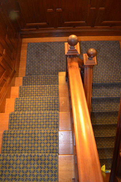 Junior League of Boston Show House traditional-staircase