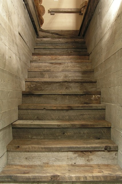 Koselig Log Cabin Interior Photo Traditional Staircase