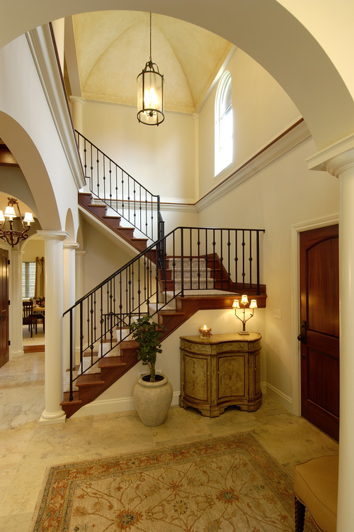 Love the foyer light fixture who 39 s mfg thx for Foyer traditional decorating ideas