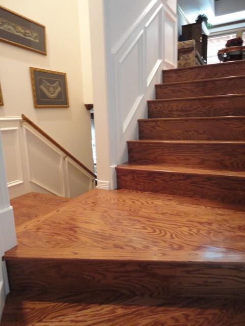 Laminate | Hardwood staircase