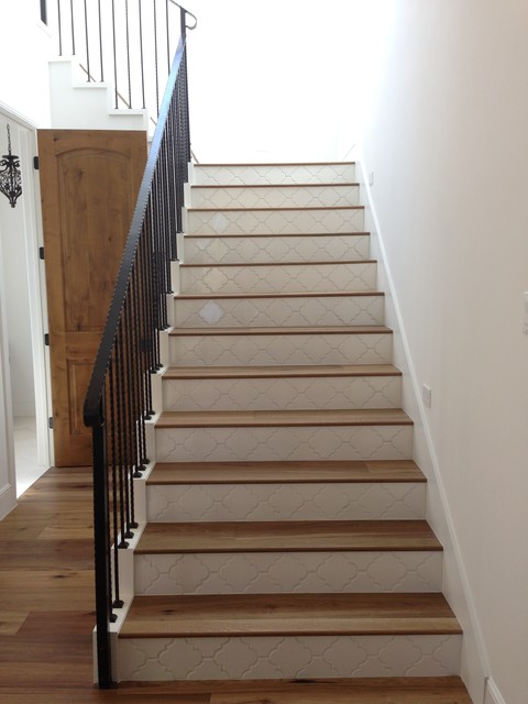 Charmant Landmark Mohave Wood Stairs With Tile Risers   Traditional ...