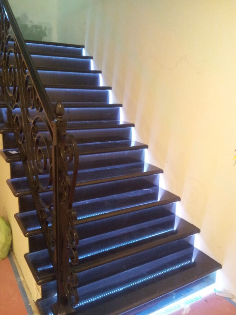 Led Strip Installations Traditional Staircase Los